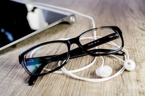 ブルーライトカットメガネ