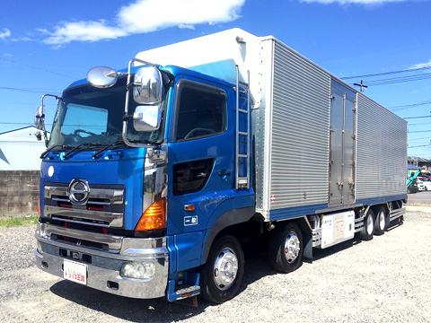 10トン冷凍車(冷蔵車)
