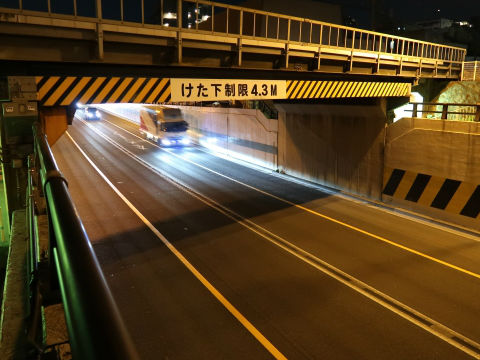 underpass2